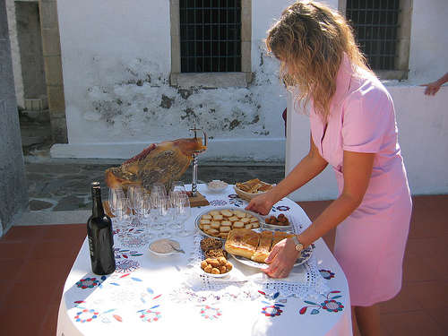 Miguel Braga's wife at Quinta do Mourao serving appetizers