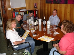 our tasting at Echeverria (Matias Aguirre is at the far end of the table)