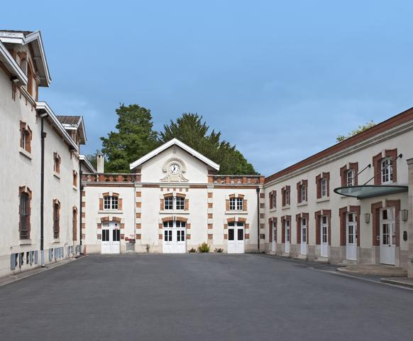 the courtyard of Krug