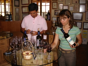 pouring the wines for our tasting at Miguel Torres