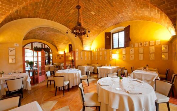 inside Osteria a Passignano