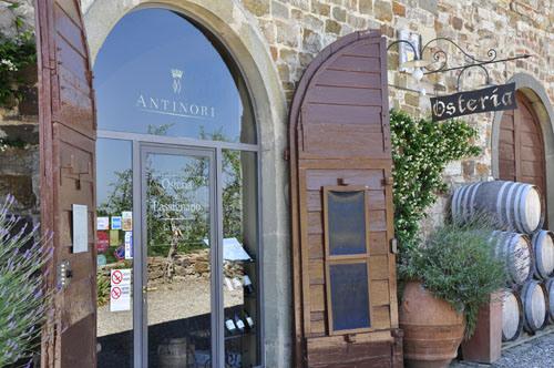 entrance to Osteria a Passignano