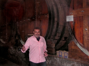 Miguel Braga in the cellars of Quinta do Mourão