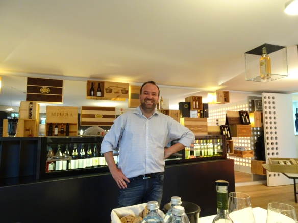 Gerhard Kracher in the Kracher tasting room